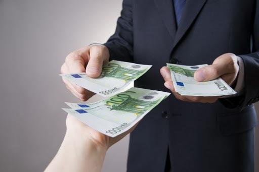 Pénzügyi nehézségekbe ütközik?