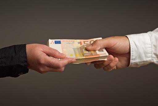 Legális és megbízható hitelezőt keres?